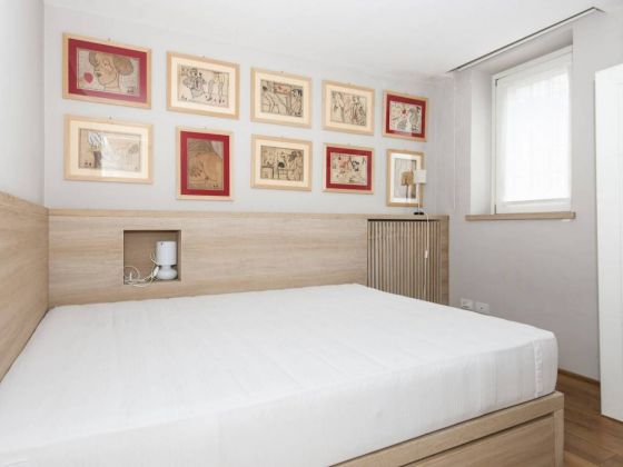 Independent apartment in Monti - 2 bedrooms + Terrace - image 10