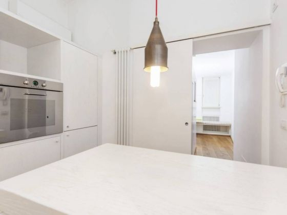 Independent apartment in Monti - 2 bedrooms + Terrace - image 6
