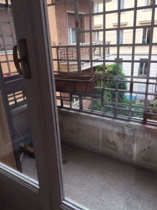 CLOSE TO COLOSSEUM - 3 BEDROOMS - image 5