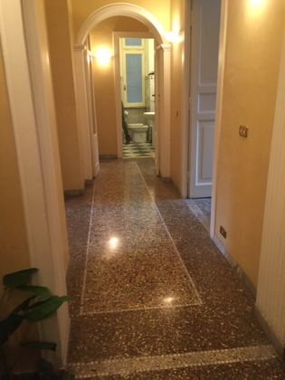 CLOSE TO COLOSSEUM - 3 BEDROOMS - image 8