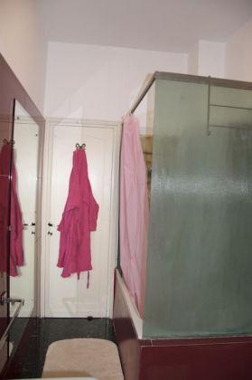 Charming Bright 2-bedroom flat in Testaccio - image 11