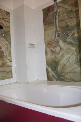 Charming Bright 2-bedroom flat in Testaccio - image 12