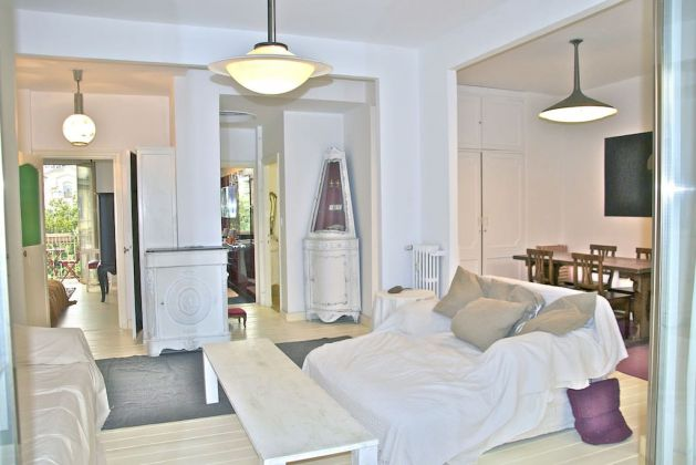 Charming Bright 2-bedroom flat in Testaccio - image 3