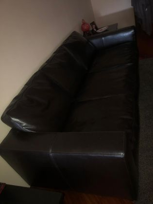 Selling household furniture price negotiable - image 1