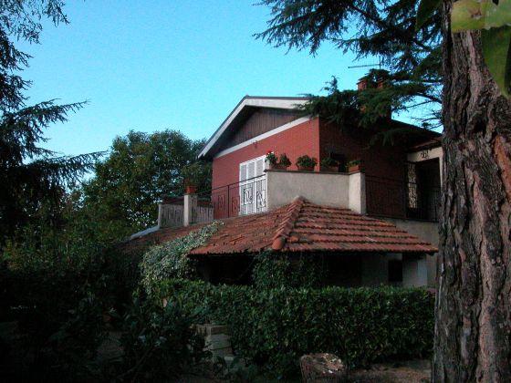 Zagarolo - Charming bi-level villa for sale - image 1