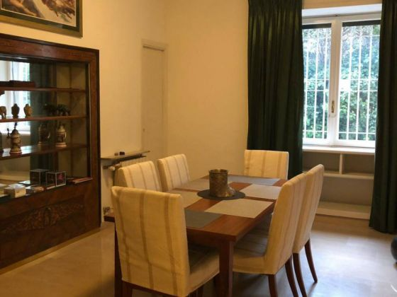 Parioli - very bright remodeled flat (200m2) with terrace & garage - image 7