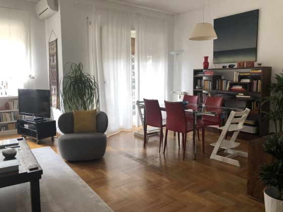 Extremely bright 3-bedroom apartment near Marymount - image 3