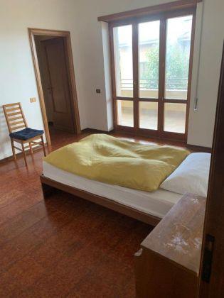 AXA 3-bedroom flat with huge  - Available: immediately - image 9
