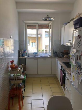 Extremely bright 3-bedroom apartment near Marymount - image 7