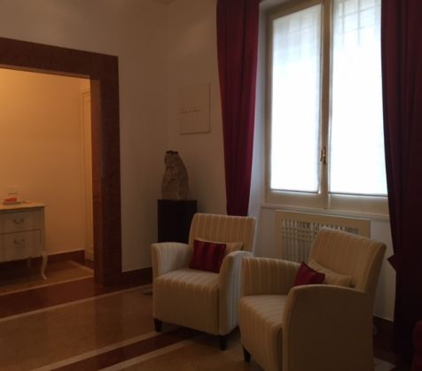 2 BEDROOMS APARTMENT CLOSE TO VATICAN - image 1