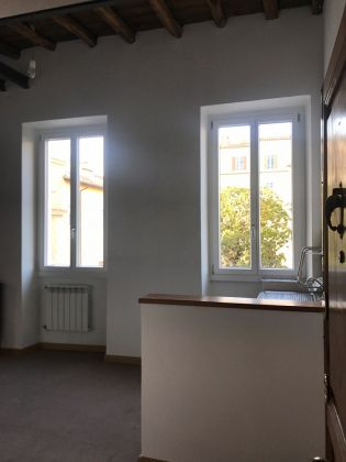 WONDERFUL APARTMENT  IN HISTORICAL CITY CENTRE - image 7