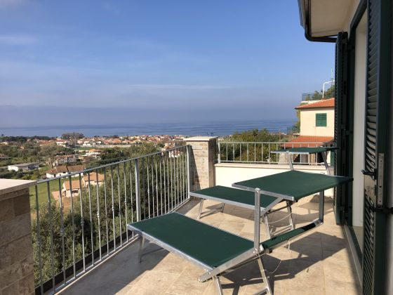Holiday House for rent in Cilento - image 10