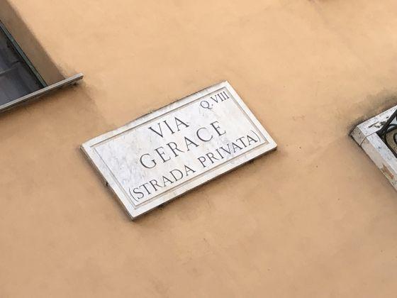 1-bedroom remodeled furnished flat - San Giovanni - image 11