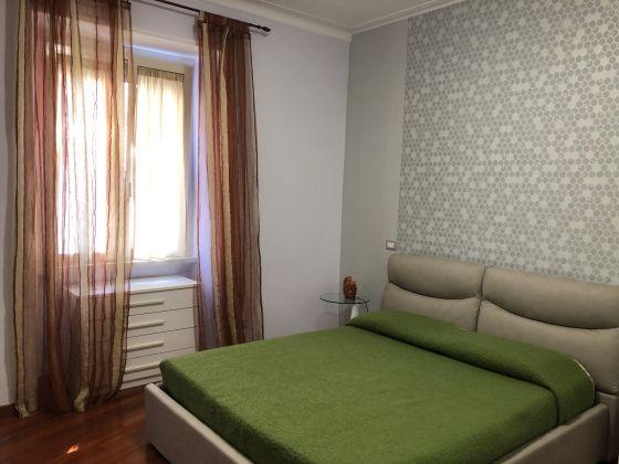 1-bedroom remodeled furnished flat - San Giovanni - image 8