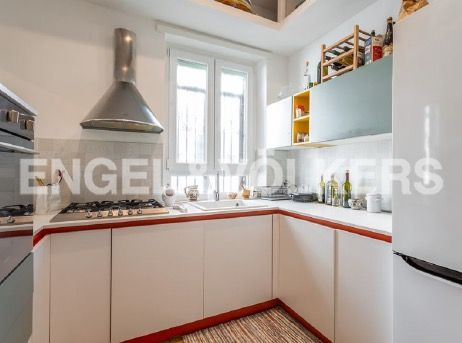 Renovated apartment for rent in Via dei Pioppi - image 9