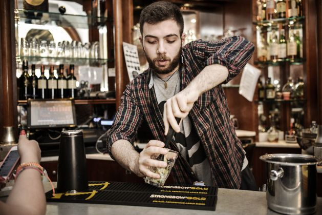 Bartender at YellowSquare - image 3