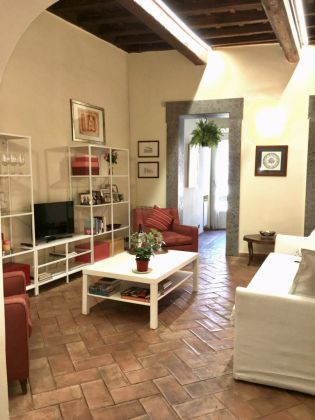 A cozy apartment with an amazing view in Trastevere - image 6