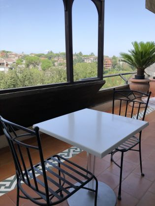 Camilluccia - lovely 1-bedroom flat with large terrace - image 1