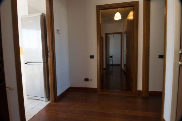 Via Aldo Ballarin full furnished apt 120 m2 on 5th floor with lift - image 12