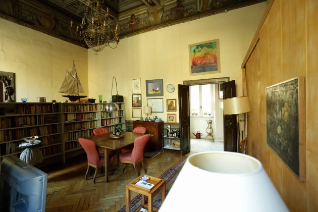 To rent near Piazza Farnese - image 5