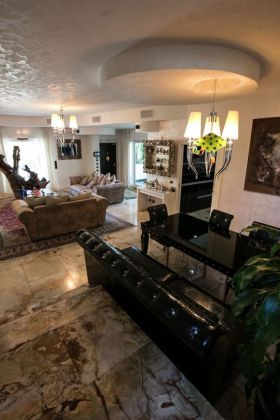 CASAL PALOCCO - Prestigious villa - image 5