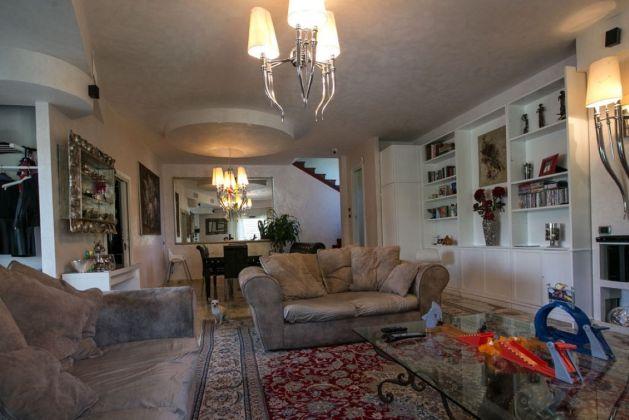 CASAL PALOCCO - Prestigious villa - image 6