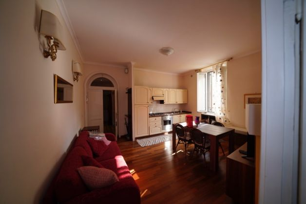Colosseum charming apartment in Monti area (2-6 guests) - image 3
