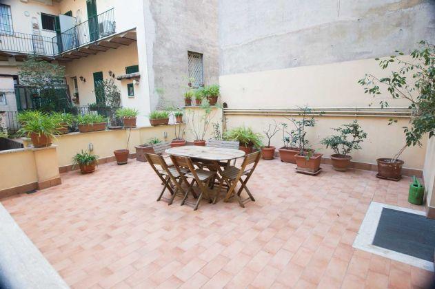Monti area close Coliseum apt 120 m2 1st floor with terrace - image 4