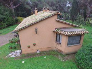 Valleranello/EUR  detached house 360 sqm and garden 5000 sqm - image 2