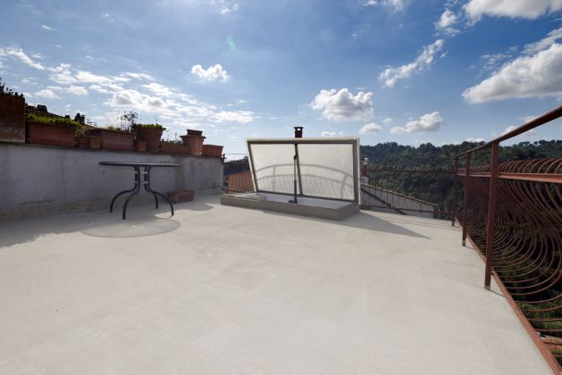 Furnished Apartment for Sale in Morlupo - image 2