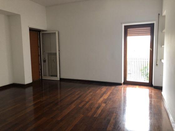 Flaminio - Bright 3-bedroom flat - image 8