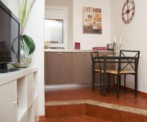 APARTMENT IN THE HISTORICAL CITY CENTRE OF ROME - image 5