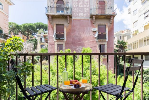 1 bedroom apartment in Trastevere - image 3