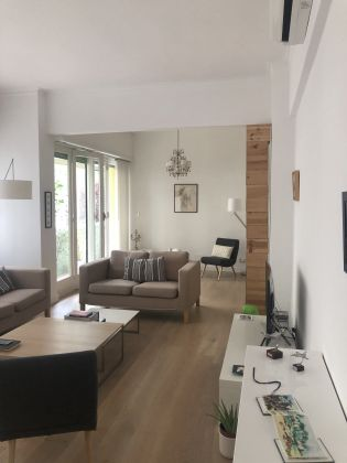 Bright, remodeled 3-bedroom flat near the Aurelian Wall - image 3