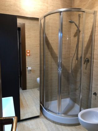 1-bedroom fully furnished flat in heart of Rome! - image 9