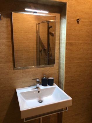 1-bedroom fully furnished flat in heart of Rome! - image 8