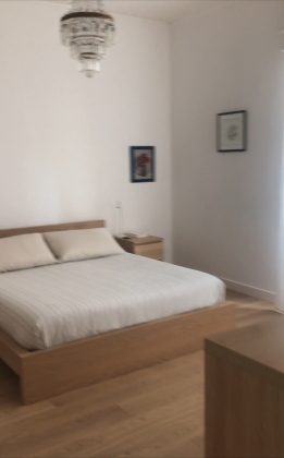 Bright, remodeled 3-bedroom flat near the Aurelian Wall - image 7