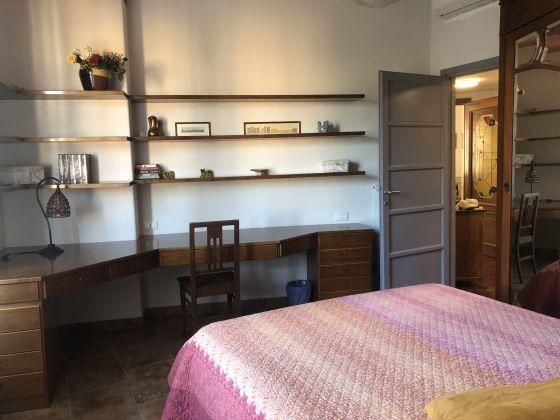 3-bedroom furnished flat Trastevere - image 8