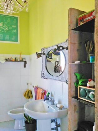 STYLISH, BRIGHT ROOM FOR RENT - image 7