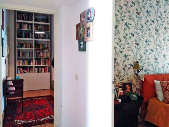STYLISH, BRIGHT ROOM FOR RENT - image 6