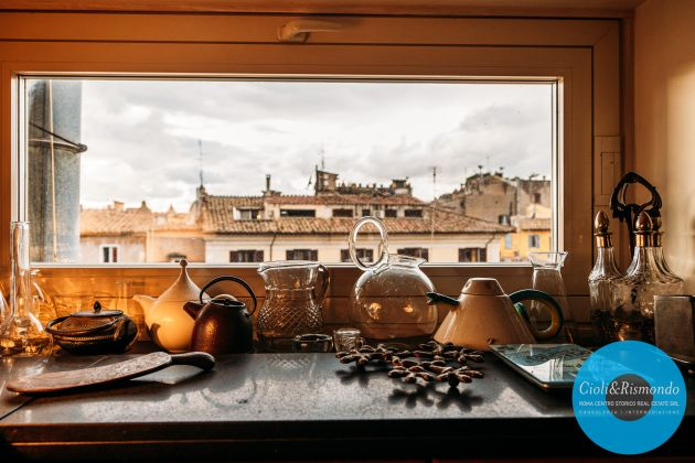 Penthouse on three levels with beautiful views and terrace for sale in Rome - image 19
