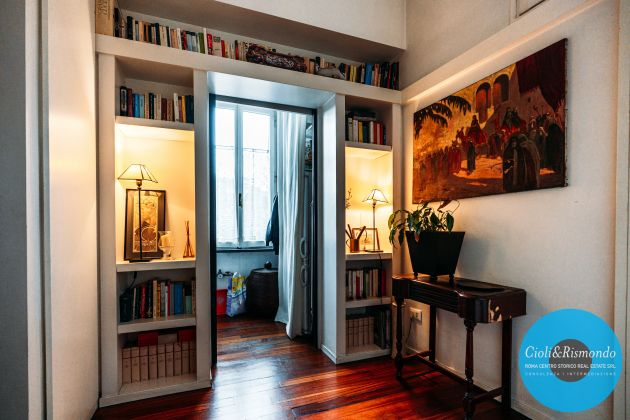 Penthouse on three levels with beautiful views and terrace for sale in Rome - image 16