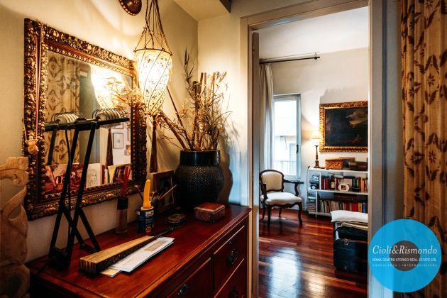 Penthouse on three levels with beautiful views and terrace for sale in Rome - image 13