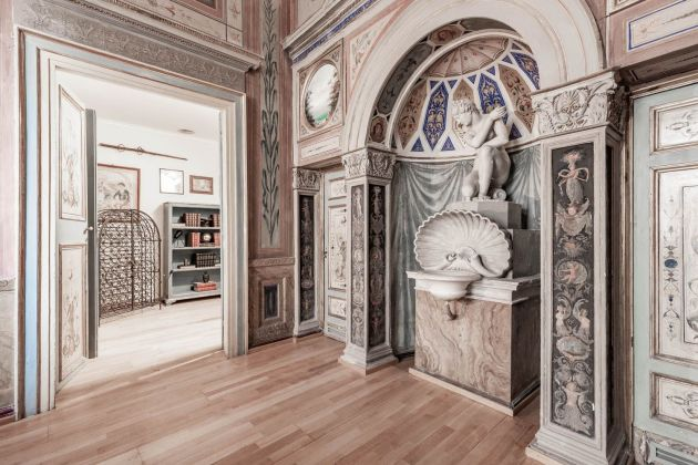 Elegant furnished 2-bedroom flat in the heart of ROME! - image 4