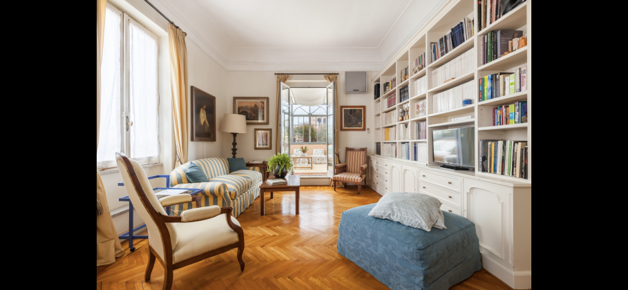 Amazing 2-bedroom penthouse with huge terrace in center of Rome! - image 5