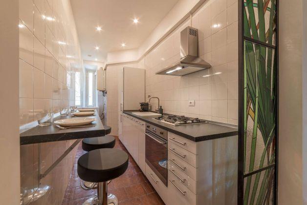 Trastevere - Charming 3 - bedroom flat - image 9