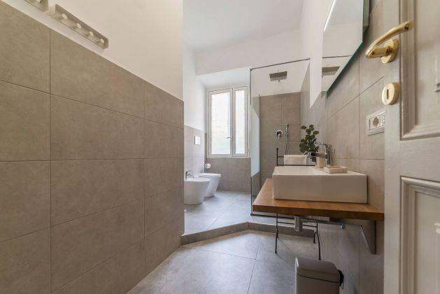 Trastevere - Charming 3 - bedroom flat - image 8
