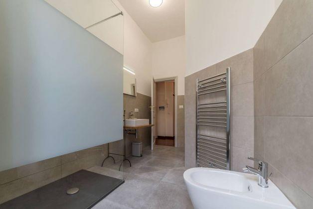 Trastevere - Charming 3 - bedroom flat - image 7