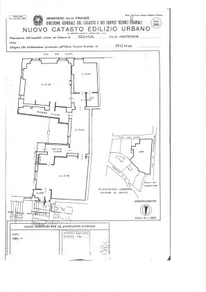 Property for sale near the Pantheon in Rome - image 19