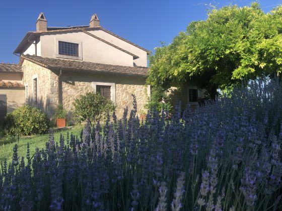 UMBRIA - farmhouse with pool - image 4